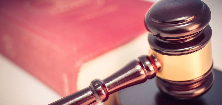 California bookkeeper sentenced to 10 years for $877,000 construction firm embezzlement