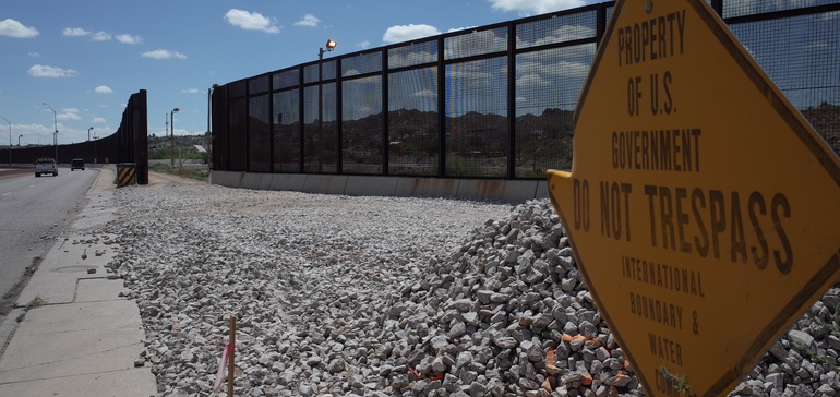Texas bill would continue border wall construction in the state